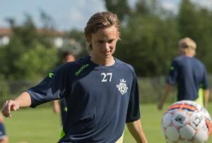 FODBOLD: Prøvespilleren Jeppe Brædder ved FC Helsingør's træningsstart den 6. juli 2015 i Helsingør Idrætspark Foto: Claus Birch
